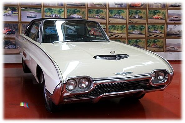 Thunderbird 1963
