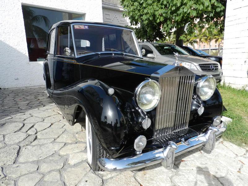 Roll Royce car