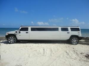 limo-hummer1