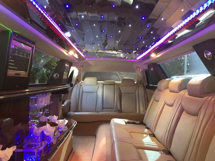 chrysler-limousine-300