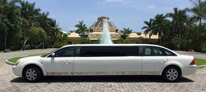 Ford 500 Limousine Riviera Maya