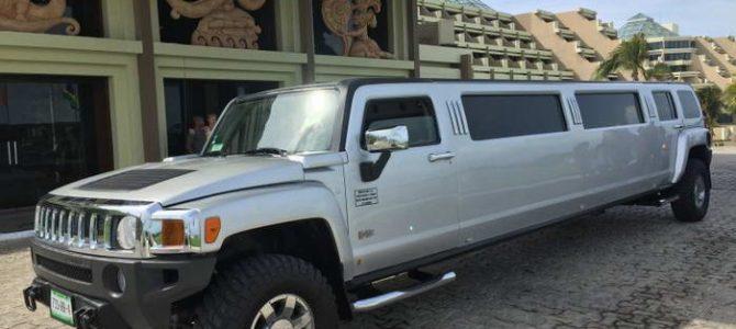 Hummer Limousine 12 passengers