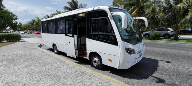 Mini Bus 25 / 29 seats for private transportation