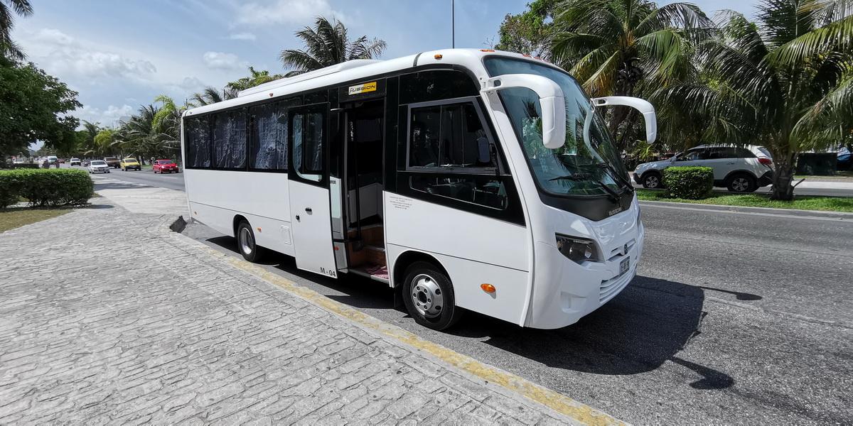 Rent a Minibus 26 seats transportation