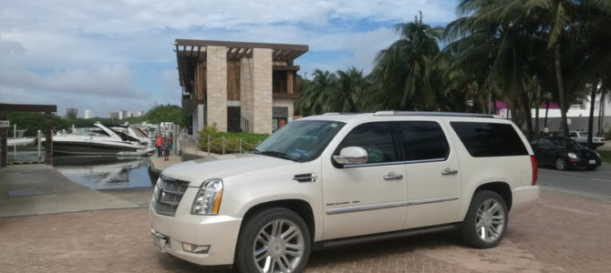 Yacht and Shuttle boat transfer Cancun to Isla Mujeres